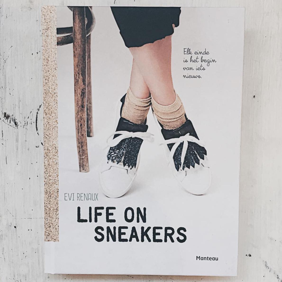 Fenna's boekclub: Life on sneakers van Evi Renaux #5