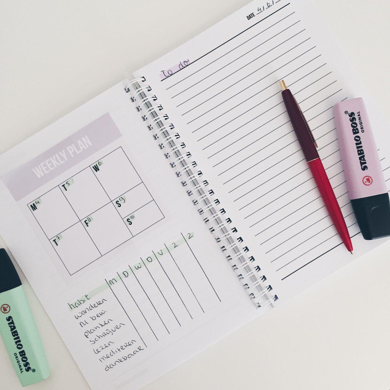 Zo maak je een wekelijkse planning & een checklist voor meer overzicht